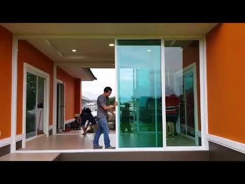 ประต กระจกบานเล อน 4 บาน แบบเป ดได ท กบาน By Jr Aluminium Youtube