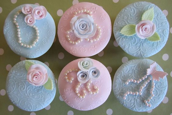 Vintage Cupcakes #cute #food #baking #dessert #cupcakes #rose #roses #butterfly #pearls #pink #blue #vintage