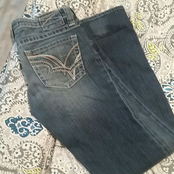 """Big Star Jeans Big Star """"Sweet Boot"""" bootcut jeans. Size 29L. A few of the brads are missing from the back pockets but it's not even noticeable when they're on. Still in great used condition, just no longer fit me. No damage to the bottom hems. Big Star Jeans"""