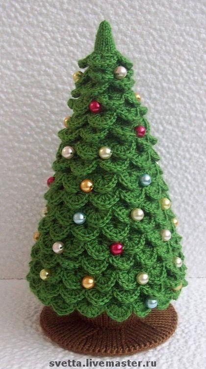 Olhem essa árvore de natal que uma amiga (Irê Silva) me enviou e a Colega artesã Cibeli Gulini me enviou os sites que tem a receita dela =) LINK 1 LINK 2: