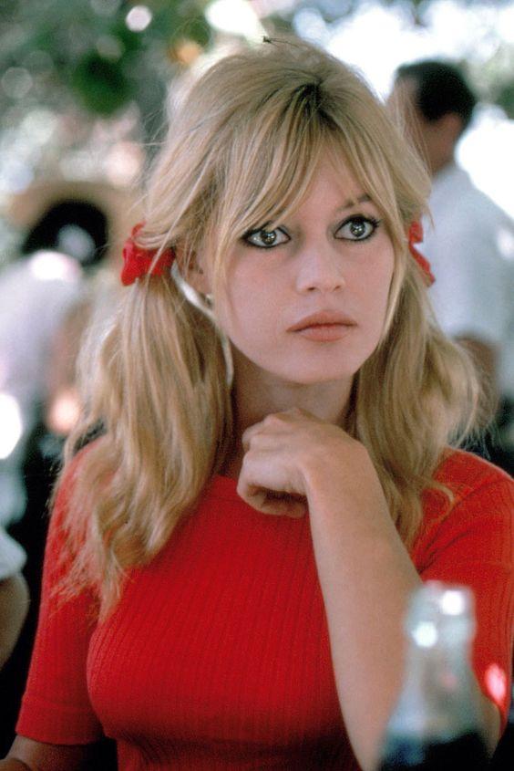 Brigitte Bardot | Galería de fotos 1 de 21 | GLAMOUR