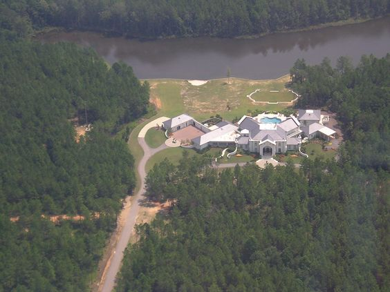 Brett Favre's House in Mississippi | can almost see Favre showing the MTV film crew around now, opening ...