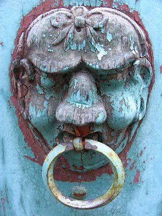 Antique Door Knocker wooden face: Knobs Knockers, Doors Windows, Knockers Knobs, Door Handles