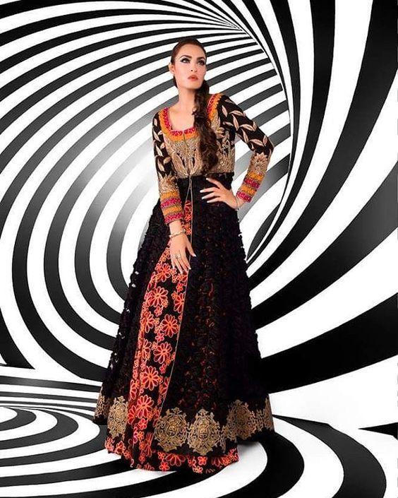 Ahmad bilal Coordination : Umer mushtaq Makeup:Nadia Hussain Salon Photography: TheRohailRohail Model:Nadia Hussain Khan  #fashion #fashionworld #clothes #bride #bridalshower #bridalcouture #pretty #pakistan #usa #highfashionpakistan #highfashion #haute #noveltycouture #handcrafted #eidexclusives #signature #vogueuk #vogueindia #uae #uk #instafashionista