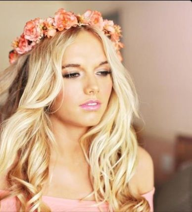 Peachy floral crown #MissKL #SpringtimeinParis