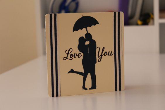 """Tarjeta """"Love you"""" 12x12cm 185g Color crema y negro (personalizado) Washi tape rayas azules y blancas Texto: Love You (personalizado)"""