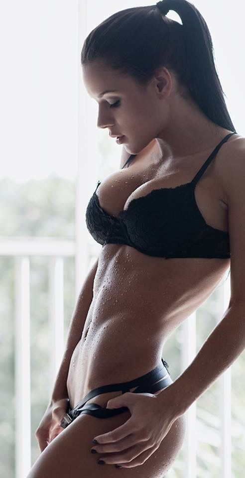Tolle #Figur bei diesem #Fitnessmodel! Super #Fatburner: http://bit.ly/1HQJhoX: