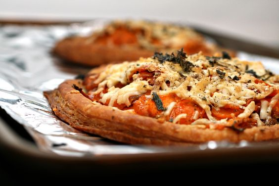 caramelized onion & sweet potato tart)* http://www.fresh365online ...