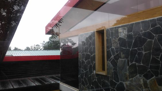 Hotel Comfenalco en Santa Helena, Antioquia, Colombia 2013