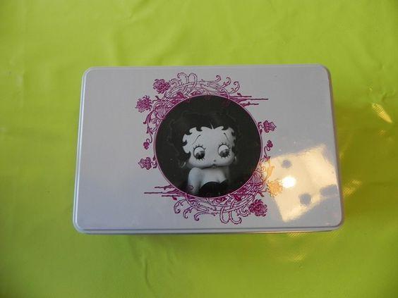 Ref CDG028 Boîte rectangulaire façon boîte à sucre«Betty Boop». 8€