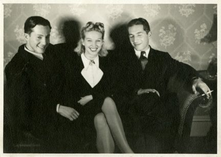 Zora (right) with his wife Elfie (center)