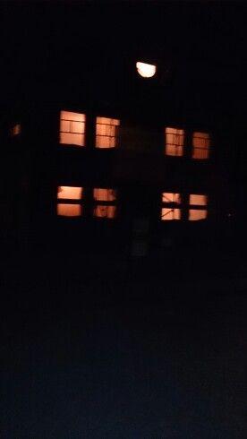 Bei Nacht mit den fleißigen Handwerkern und Licht!