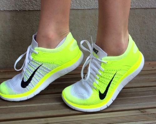 Nike Flyknit Neon