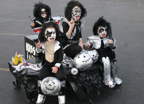 Wagon Stroller Car WC ::  Kiss Kids Group HALLOWEEN WHEELCHAIR COSTUME