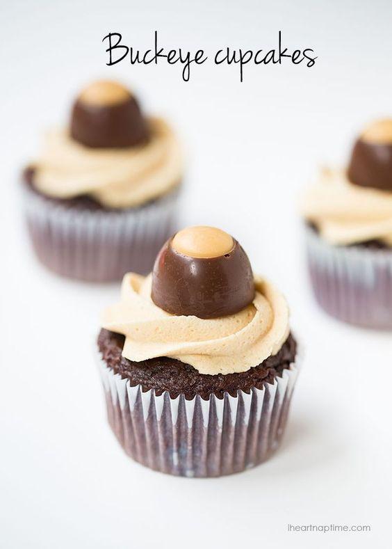 Chocolate Peanut Butter Buckeye Cupcakes on http://iheartnaptime.com