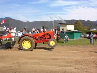 Massey garden tractor pullers massey harris 44 antique Garden tractor pulling parts catalog