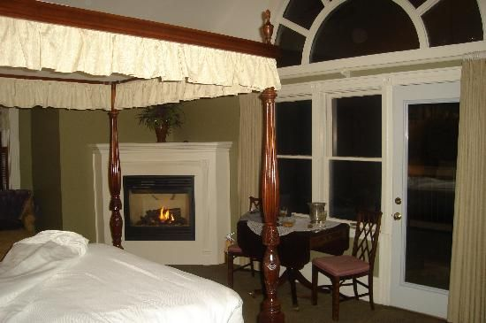 St. Croix River Inn -- Osceola, MN -- Marcy stayed here. Looks amazing.