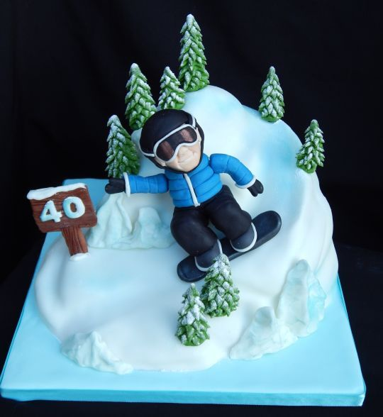 Snowboarders cake
