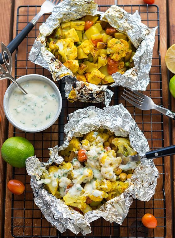 12 Vegetarian Foil-Pack Dinners and Sides You Can Make in 30 Minutes or Less