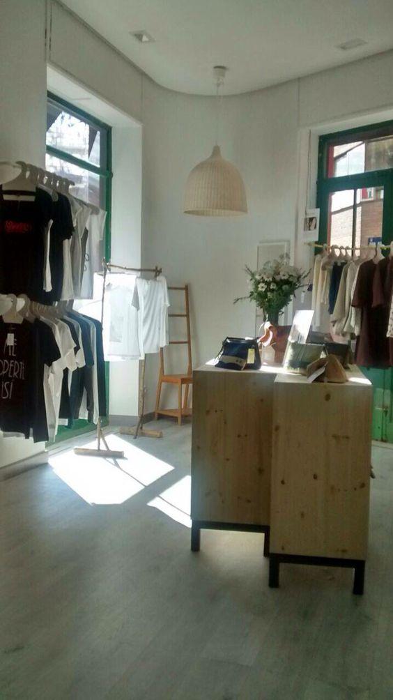 Primera tienda de Madrid multimarca dedicada a la moda ecológica. Os esperamos en Ventura Rodríguez 22