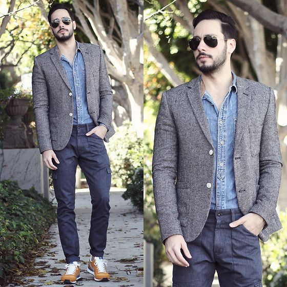 ツイードジャケット×ダンガリーシャツ×カーゴパンツ