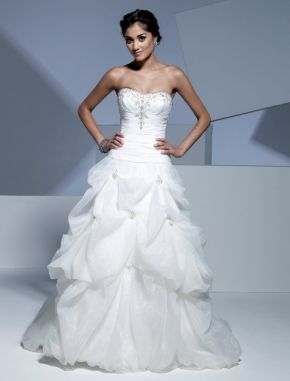 Ivory floor length wedding dress with embroidery