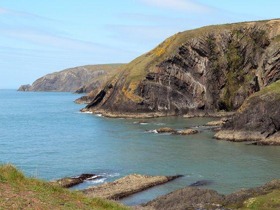 Rugged cliffs at Ceibwr Bay