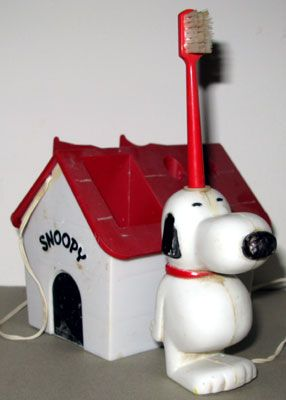 Snoopy electric toothbrush - always wanted one of these :-)