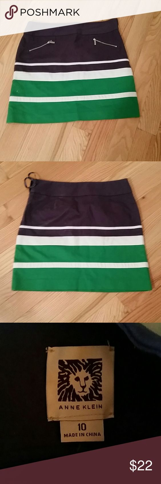 Skirt Anne klein...worn 2 times... Anne Klein Skirts Midi