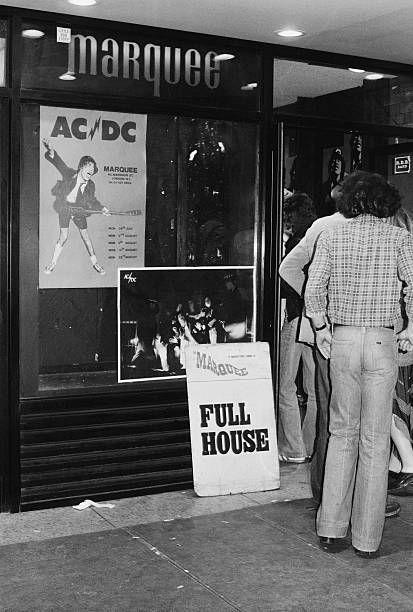 NO FELIPING: los discos de AC/DC de peor a mejor - Página 18 1a30024f44ebb5f26c2063e957fd5e7d