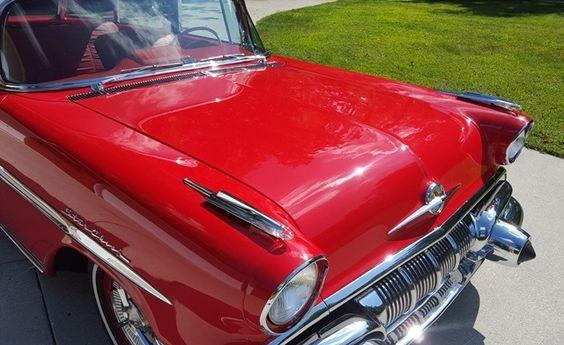 '57 Pontiac 2-Door Custom Safari Wagon