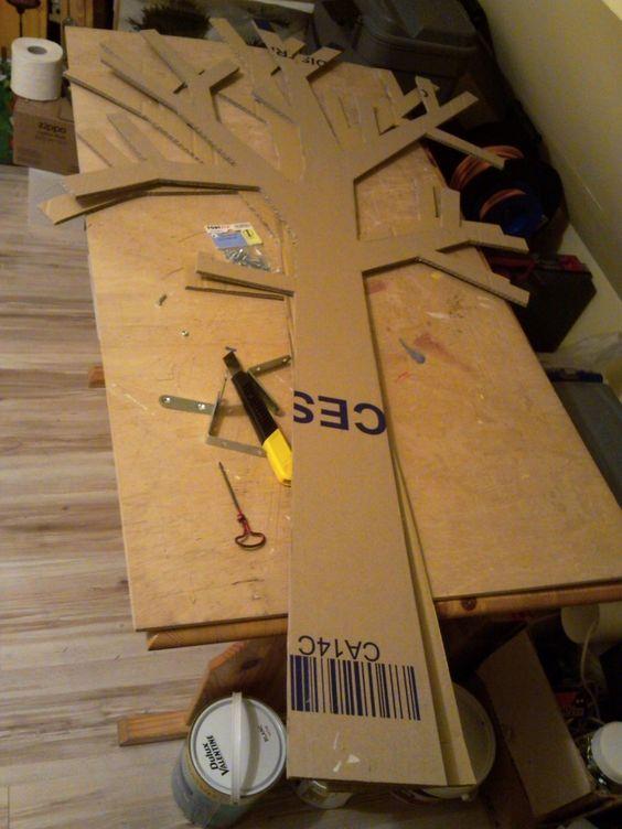 blog de toutencarton toutencarton lampes cadres et meubles tout en carton arbre papier. Black Bedroom Furniture Sets. Home Design Ideas