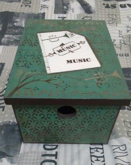 Caixa em mdf Music