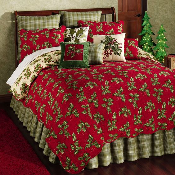 Holly Red Holiday Quilt Bedding Touch Of Class Things