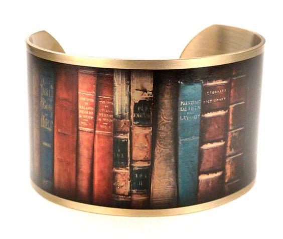 Bracelet manchette de livre pile, Vintage Books, Book bijoux, bibliothèque