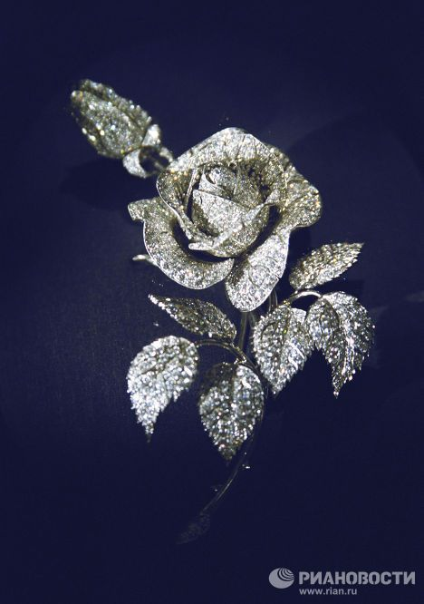 """The Russian Jewelry Collection: (Romanovs) Diamond Fund THE ROMANOVS JEWELRY ~ the """"Rose"""" brooch created in 1970 by Russian jewelers as a replica of a diamond brooch belonged to Alix. Saved in the Diamond Fund, Moscow Kremlin ~"""