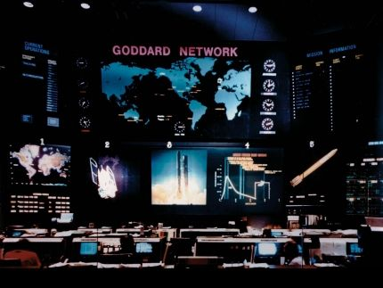 Early Tracking and Communication Facilities at Goddard Space Flight Center