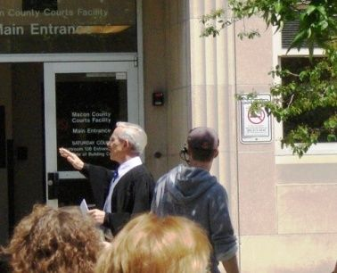 Tommy smothers in decatur illinois during filming of quot the informant