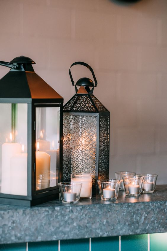 Lanterns on the bar