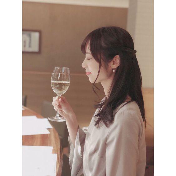 ワインと山本萩子アナ