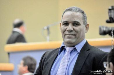 O ASSUNTO É!?: Vereadores cobram reunião entre prefeito e profess...