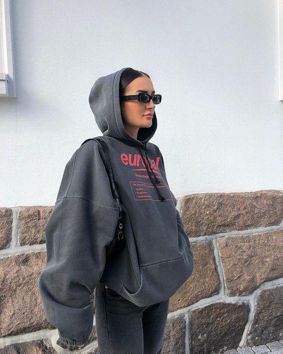 4 cách mix áo hoodie chuẩn chỉnh cho nàng - ảnh 4