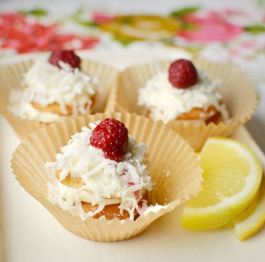 no bake lemon cream and coconut icebox cupcakes