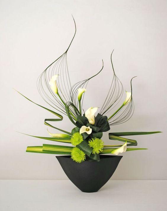 Art floral moderne par Thai Thomas Mai Van (Artisanat) par…