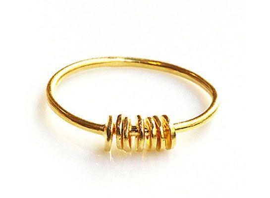 Monsieur Paris http://www.vogue.fr/joaillerie/shopping/diaporama/pieces-d-or-bijoux-aurelie-bidermann-herve-van-der-straeten-jem-sylvie-corbelin/14108/image/786617#!pieces-d-039-or-bijoux-monsieur-paris
