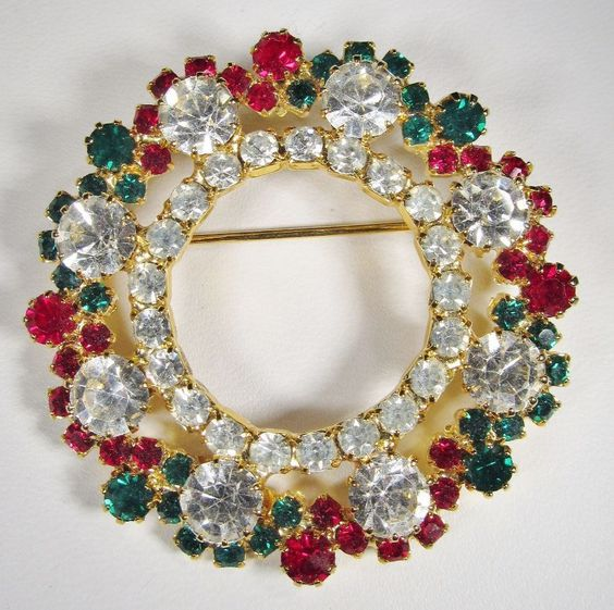 Vintage Eisenberg Ice Brooch Christmas Wreath