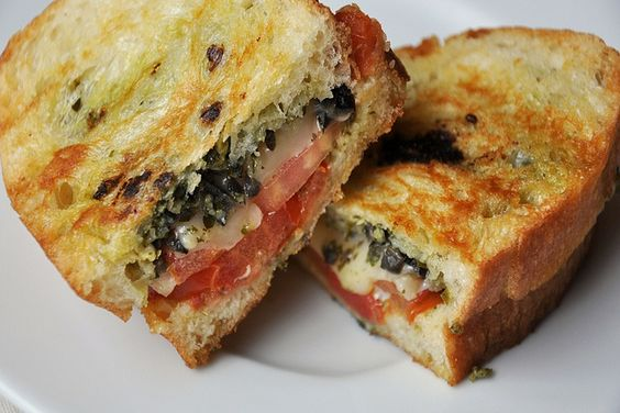 Pesto, Olives and Tomato Grilled Cheese