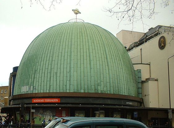 Madame Tussauds And The London Planetarium London My Husband Helped Instal The Planetarium In 1991 We Were There Checking The Dome And Had A Private Las Stadt