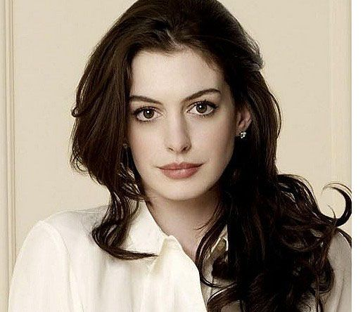 Anne Hathaway Real Name: Anne Hathaway Will Be Seen As An 'Ass-Kicking' Heroine In