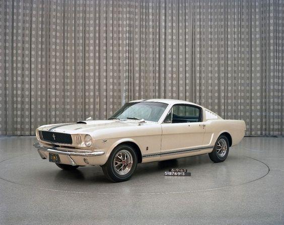 Edsel Ford II recibió un Mustang único en su 16º cumpleaños - http://www.actualidadmotor.com/2014/01/02/edsel-ford-ii-mustang/